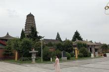 終於來到著名的扶風法門寺,最重要的文物除了佛指真身舍利外,還有唐代皇家製作的高貴、奢華的金銀器,製作