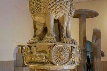 印度瓦拉纳西鹿野苑考古博物馆,印度国旗和国徽上的标志,不让带手机到可带相机进去的博物馆!
