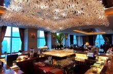 晶瑩剔透東方優雅 -  东京香格里拉大酒店    一早在東京站附近辦些銀行事務,結束後走到街上忽臨一