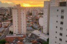 从 Mooca Plaza Shopping  窗户看到圣保罗早晚的天空,mooca这个意大利人居住