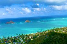 夏威夷打卡遇见美女在悬崖绝壁上