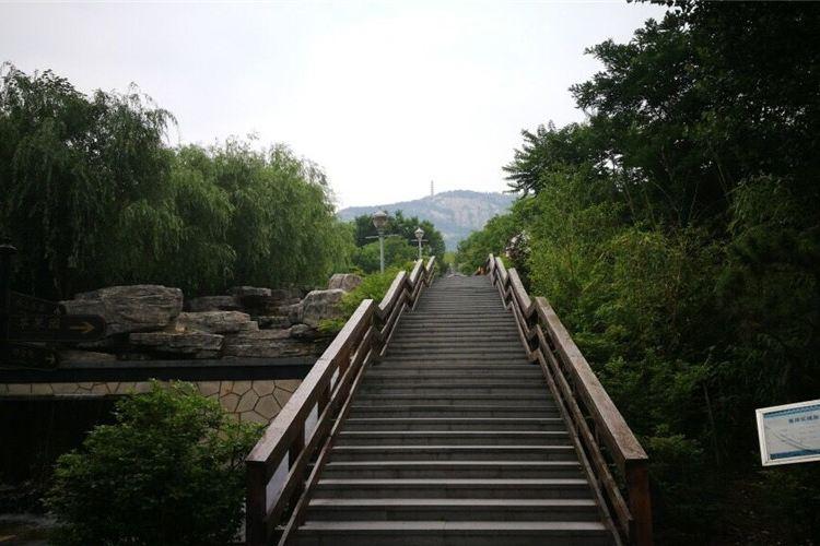 Longmen Gully Scenic Area3
