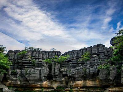Enshi Suobuya Stone Forest Scenic Area
