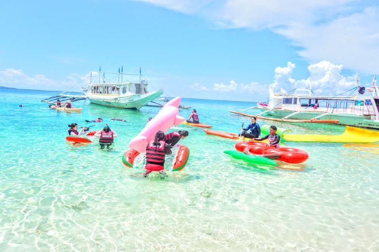 Carabao Island2