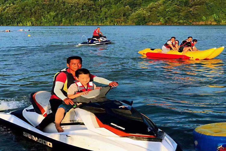 Yinghu Lake4