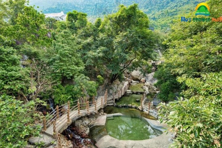 Nui Than Tai- HOT SPRINGS PARK4