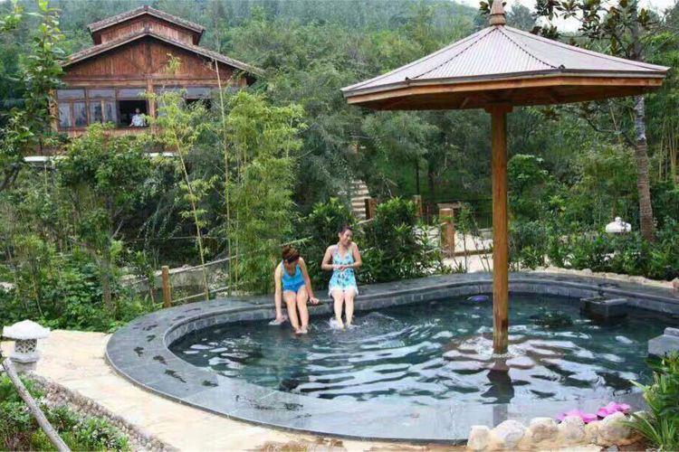Xiantan Mountain Hot Spring Town3