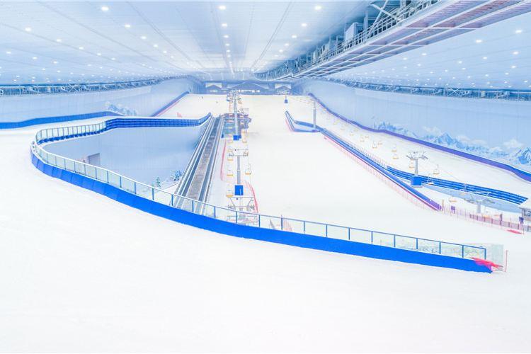 哈爾濱萬達寶馬娛雪樂園4