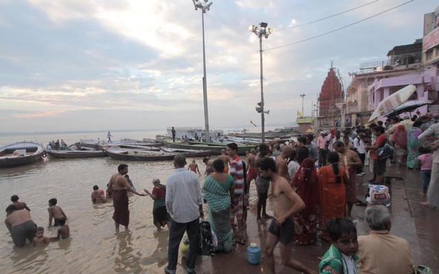 总有一个人值得等待:印度背包之旅,灵性的回归