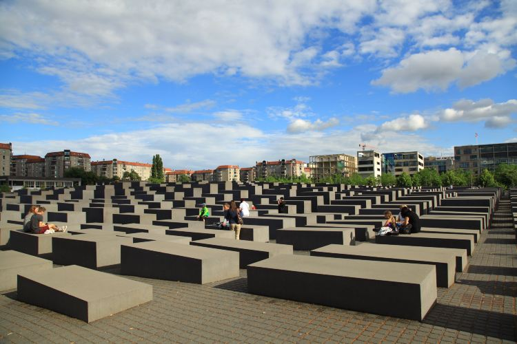 Memorial to the Murdered Jews of Europe2