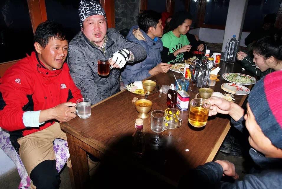 尼泊尔(下) · 徒步POONHILL——山花绚烂的喜马拉雅 - 博卡拉游记攻略【携程攻略】
