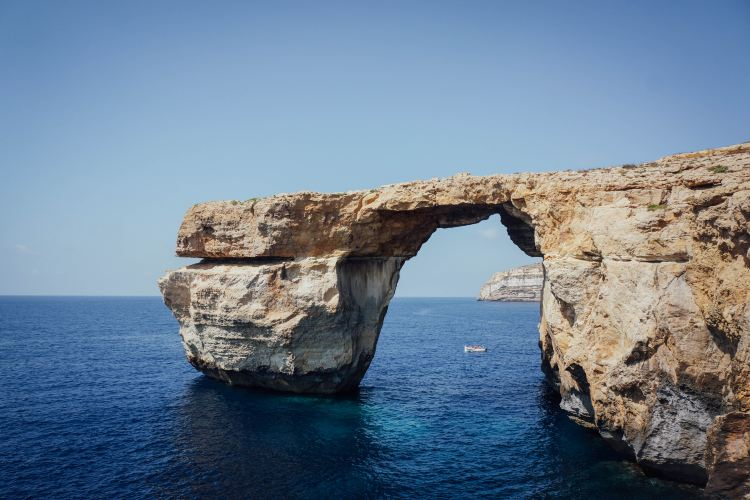 Azure Window Ruins2