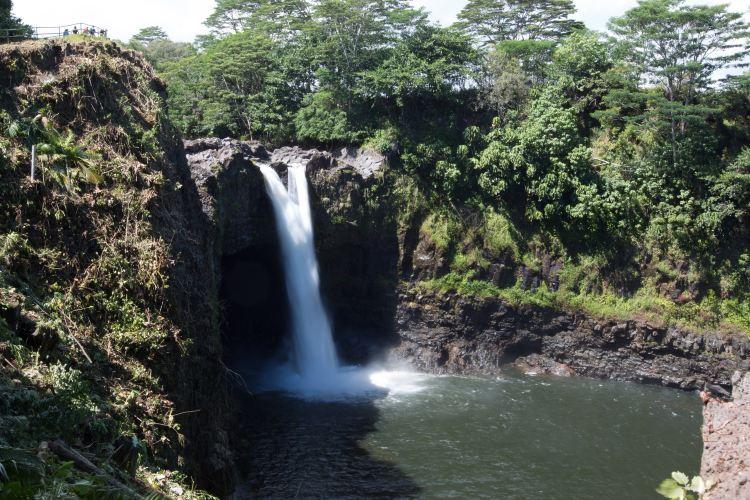 Rainbow Falls1