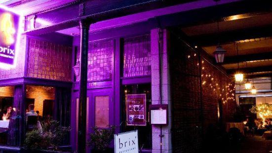 Brix & Mortar Restaurant
