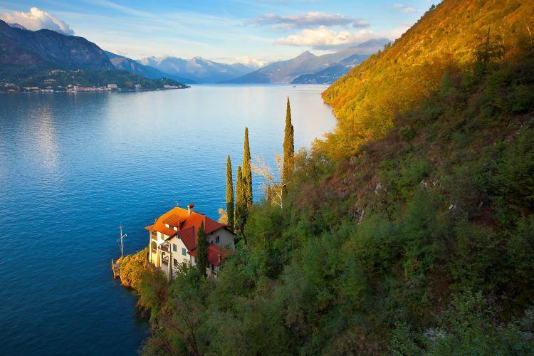 Lake Como1