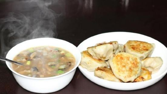 胡辣湯水煎包豆腐湯小米綠豆粥
