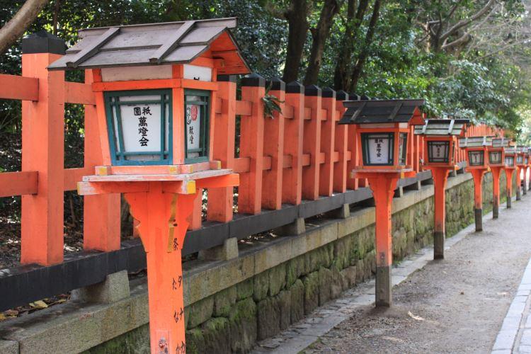 八阪神社1