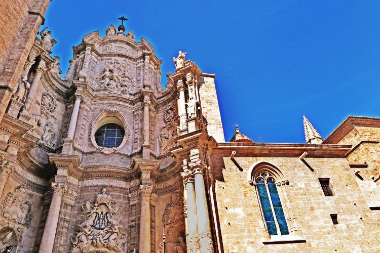 Valencia Cathedral1
