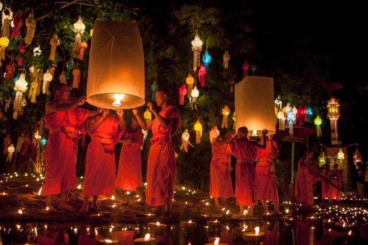 Wat Phan Tao1