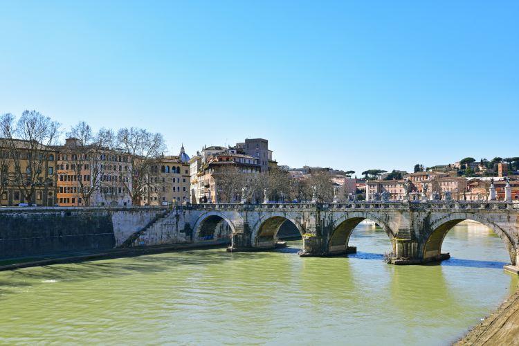 Ponte Sant'Angelo2
