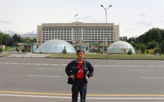 [原创]两游阿拉木图独立广场。哈萨克斯坦3.中亚四国行3.