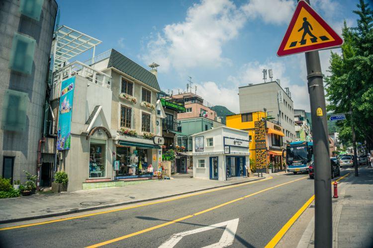 Samcheong-dong2