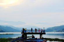 博卡拉骑行、泛舟、徒步1日游 徒步圣地博卡拉,费瓦湖畔看群鸟蹁跹,萨朗科山顶赏日洒雪山美景,老城闲逛
