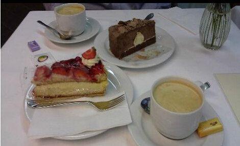 Cafe Hanselmann1