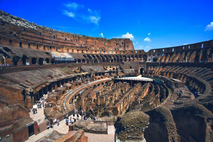 Roman Walls1