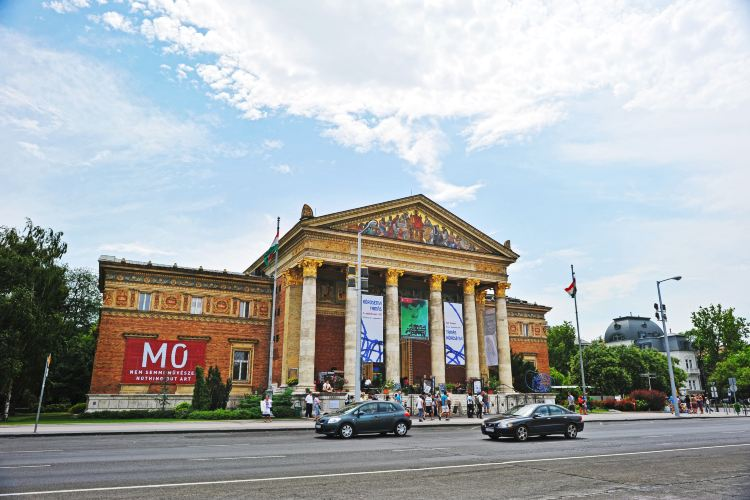 Andrássy Avenue2