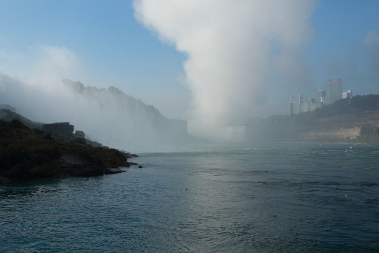 Maid of the Mist4