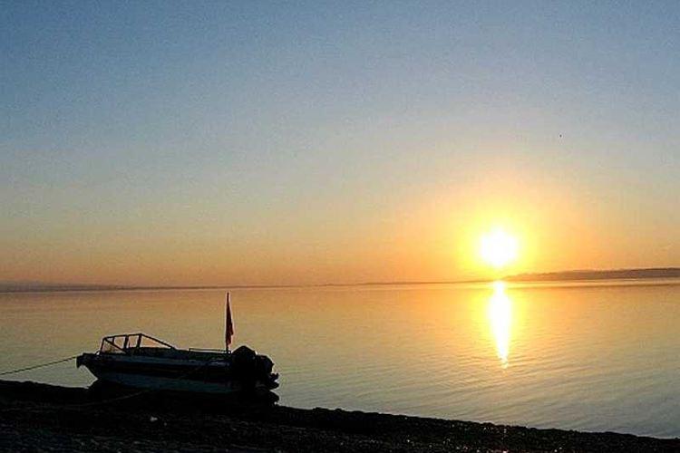烏倫古湖4