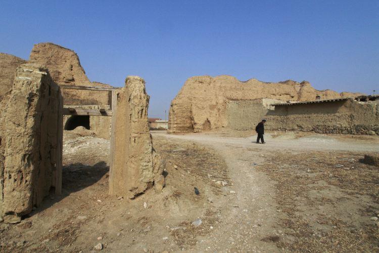 Kaiyang Ancient Castle3