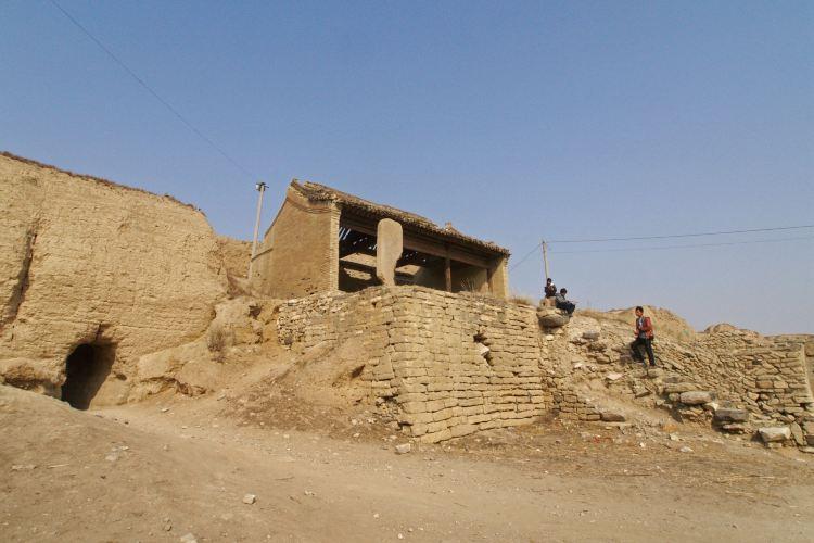 Kaiyang Ancient Castle1