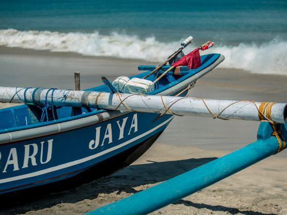 ジンバラン・ビーチ