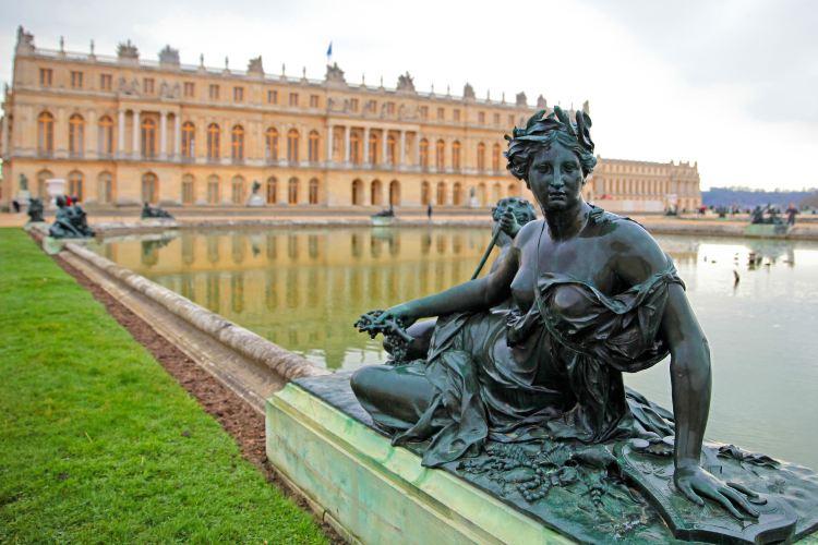 Palace of Versailles2