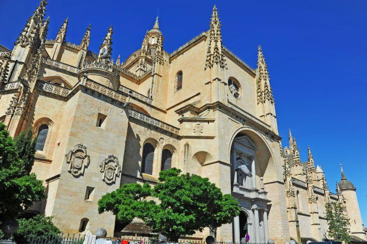 塞哥維亞大教堂1