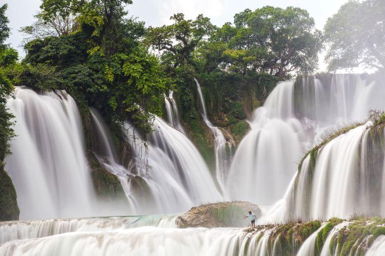 Detian Transnational Waterfall Scenic Area3