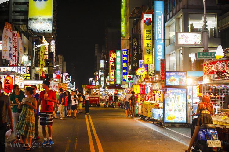 Liuhe Night Market4