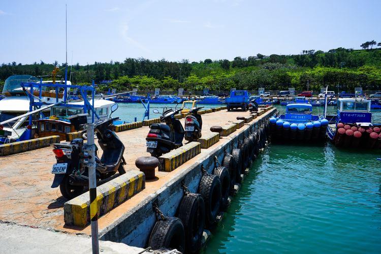 Hou-Bi Lake Fishing