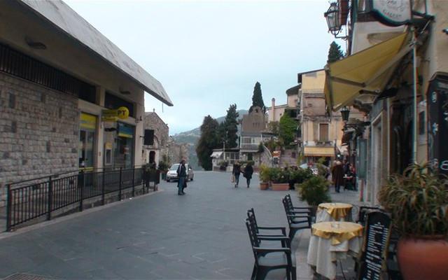 [原创]陶尔米纳是游览西西里岛的首选地---意大利11.西西里8.赛马西32.