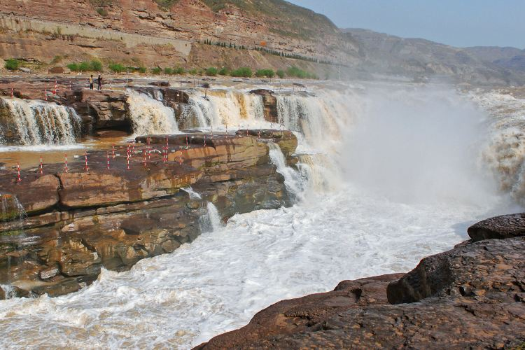 Hukou Waterfall1