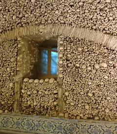 [埃武拉游记图片] 人骨教堂两个半之二----埃武拉教堂(重口,慎入)