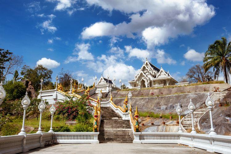 Wat Kaew Ko Wararam4