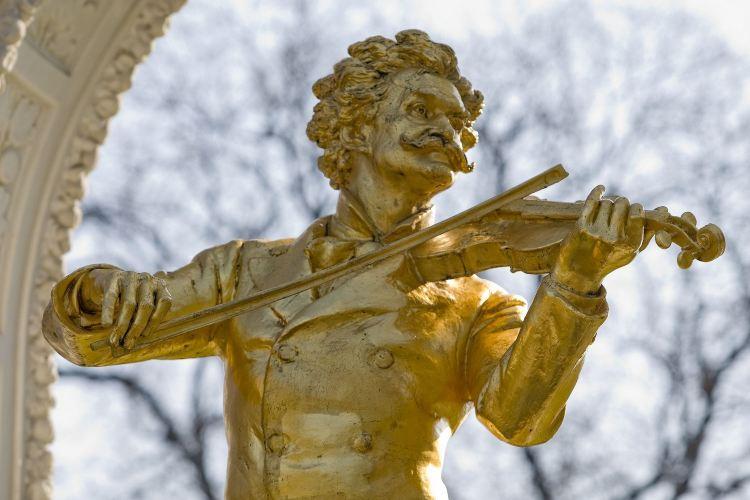 Johann Strau? monument2