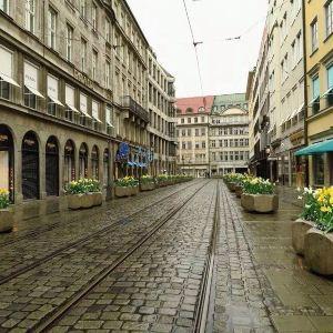 马克西米里安街旅游景点攻略图