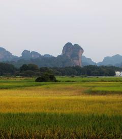 [龙虎山游记图片] 2015国庆西行记:这个假期,我去江西看峰,随风随云放飞心境!