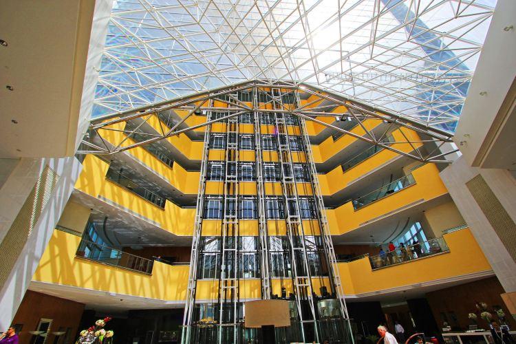 Emirates Towers1