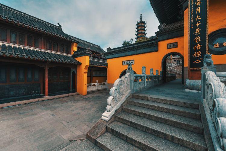 Jinshan Temple2