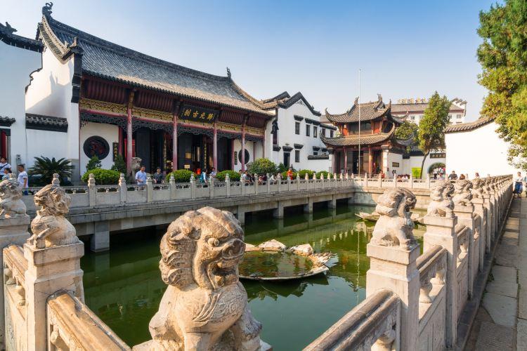 Guiyuan Temple4